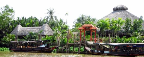 Tourtoise Island Vietnam